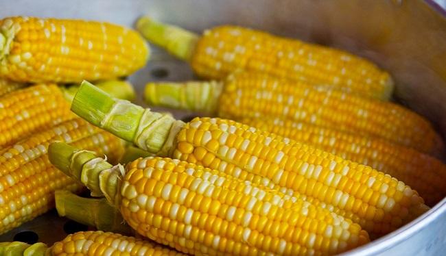 kukuruz-kalorije-vitamini-i-prednosti-za-zdravlje