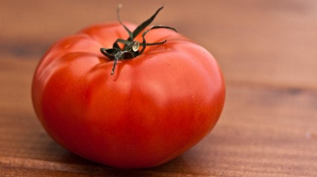 paradajz-kalorije-vitamini-i-prednosti-za-zdravlje