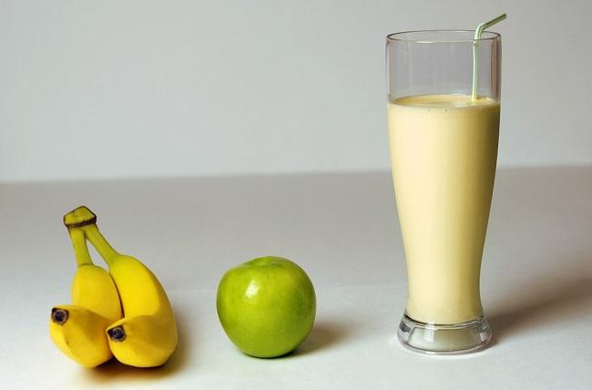 banana-smoothie-recept