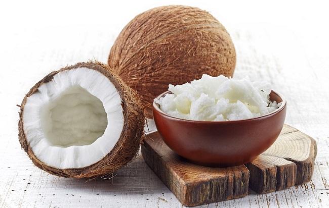 Kokosovo ulje - kalorije, vitamini i prednosti za kosu, lice, zube i zdravlje