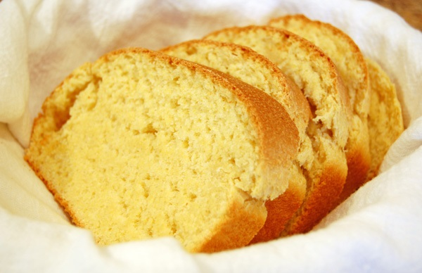 kukuruzni-hleb-i-kukuruzno-brasno-recepti
