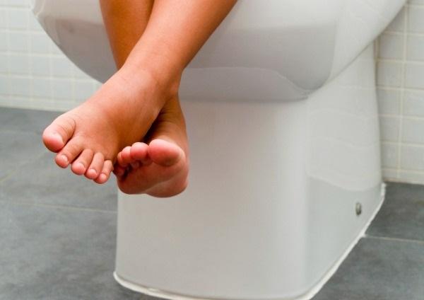 zelena-stolica-kod-beba-i-odraslih-simptomi-uzrok-i-lecenje