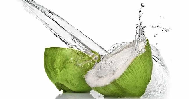 Kokosova voda - kalorije, sastav i recepti