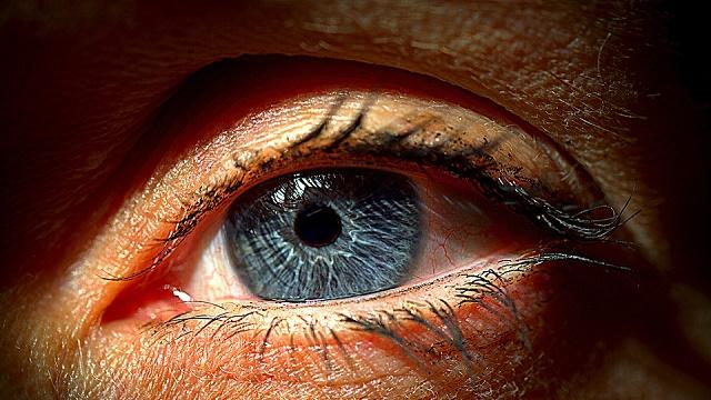 Visok očni pritisak – simptomi, uzrok, normalne vrednosti i lečenje